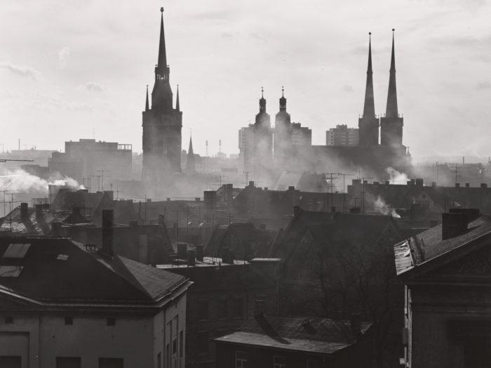 Sigrid Schütze-Rodemann. Halle/Saale. Blick vom Theater. 1990.